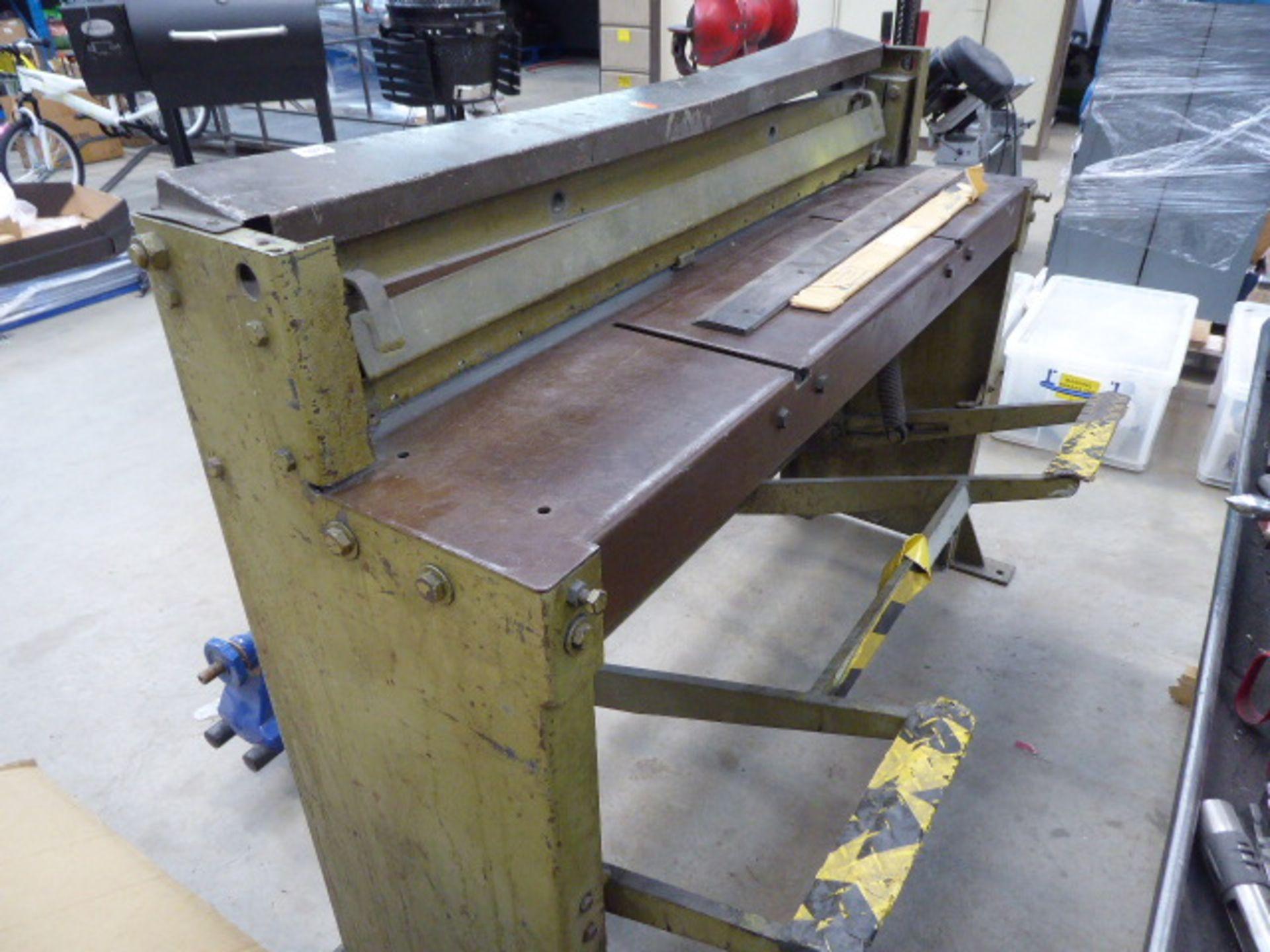 Edwards model 416 sheet metal guillotine - Image 2 of 2