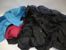 5 various lightweight coats, 3 by Weatherproof and 2 by Columbia in sizes ranging from M - XL