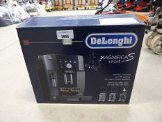 (TN214) Boxed De'Longhi Magnifica smart coffee machine