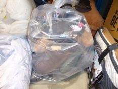 3012 Bag of mixed footwear including trainers, ankle boots, slippers and Ugg boots in various