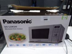 (TN81) Panasonic microwave with box
