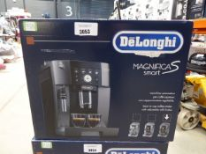 (TN2) Boxed De'Longhi Magnifica smart coffee machine