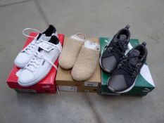 3168 4 pairs of shoes one by flip flop, pair of Air Jordan flight trainers together with 2 pairs