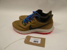 Nike Zoom Pegasus 36 trainers size 10 (used)