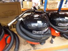 Henry micro vacuum cleaner with pole