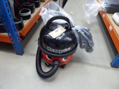 (TN103) Henry micro vacuum cleaner with pole and a small bag of accessories Condition report: Some