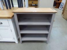 Low grey painted oak top 3 shelf bookcase (32)