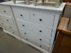 White painted chest of 5 drawers (4)