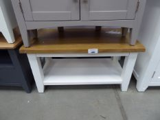 White painted oak top coffee table with shelf under (16)