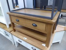 Oak coffee table with 2 drawers and shelf under (13)