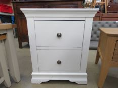 White painted chest of 2 drawers (156)