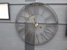 Metal quartz wall clock