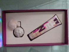Ariana Grande Treat Yourself gift set with box