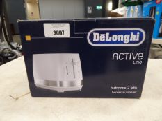 De'Longhi Active Line 2 slice toaster with box