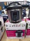 (TN70) Instant Pot multi use pressure cooker with box