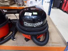 (TN79) Henry micro vacuum cleaner with pole