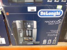 (TN21) De'Longhi Magnifica Smart espresso coffee machine