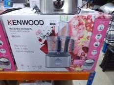(TN2) Kenwood Multi Pro Compact Plus food processor with box Clean with parts included, little use