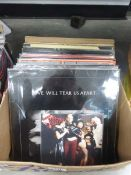 Box of punk and indie rock LPs incl. Smiths, Joy Divison, Sex Pistols etc. 35 LPs used