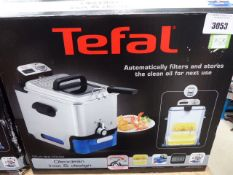 (TN8) Tefal filter fryer with box