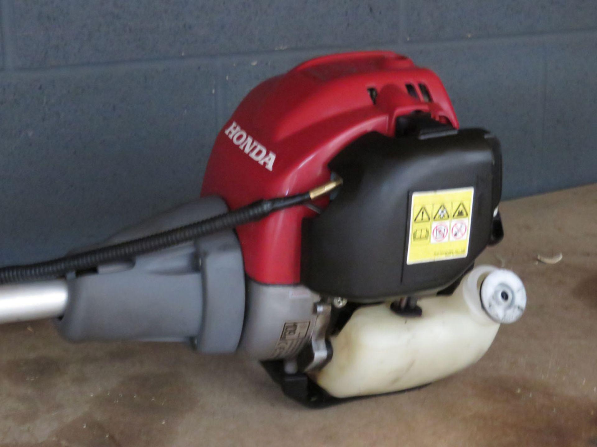 Honda petrol powered brushcutter - Image 2 of 2