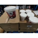 24 tubs of lightweight filler
