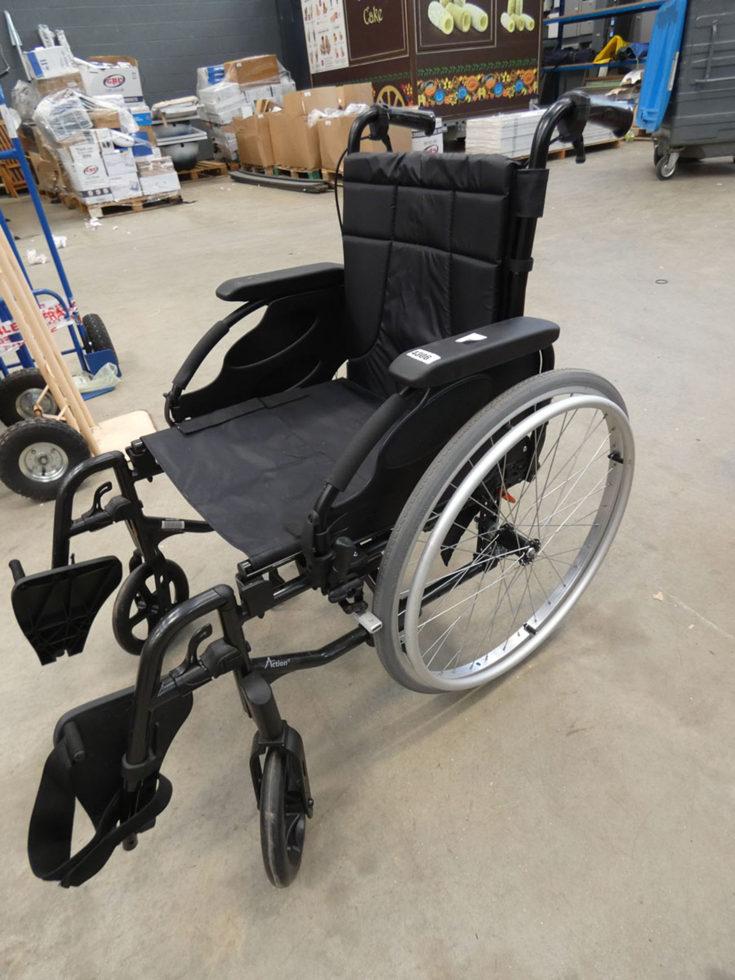Fold up wheelchair