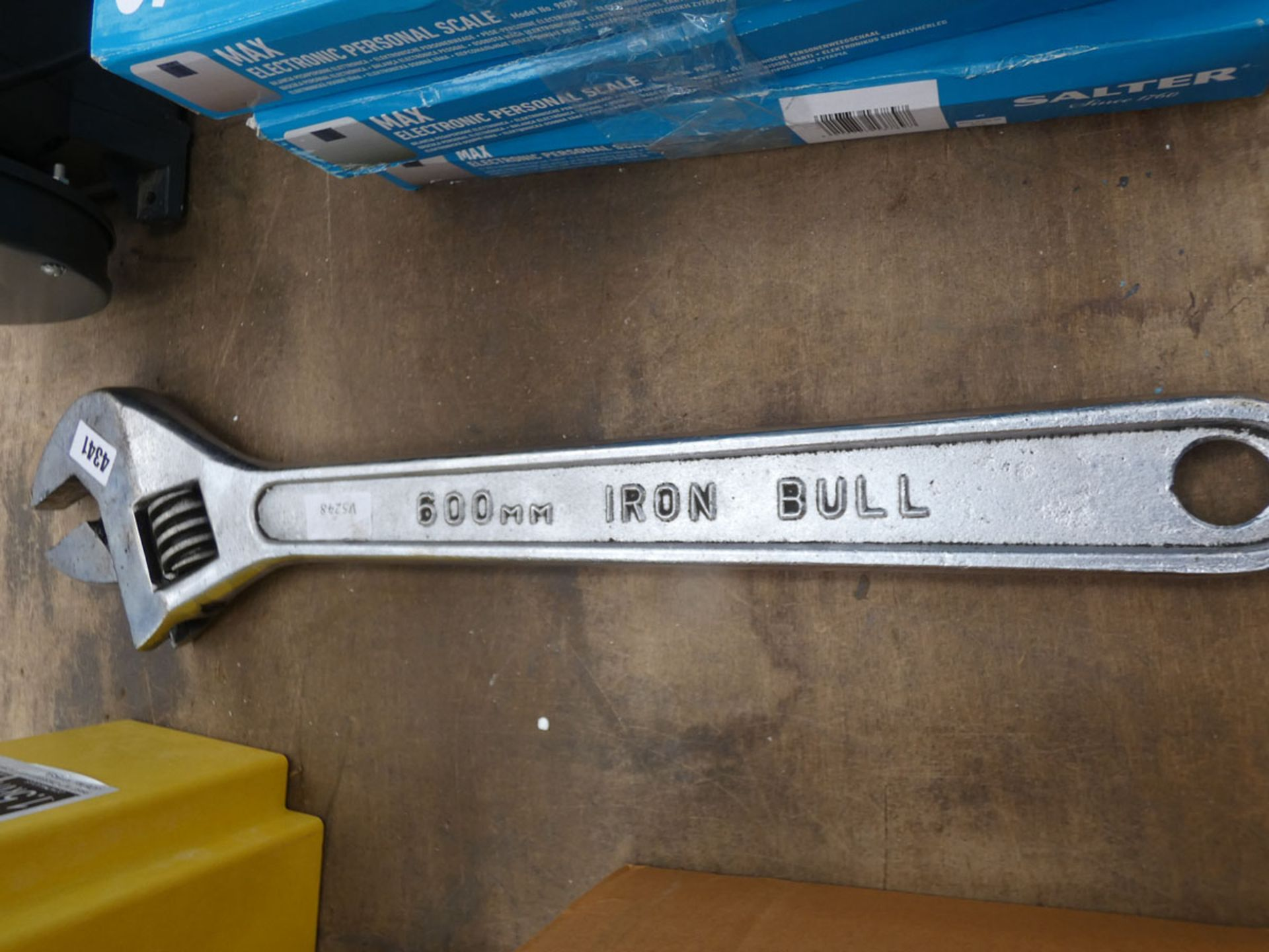 600 mm Iron bull adjustable iron spanner