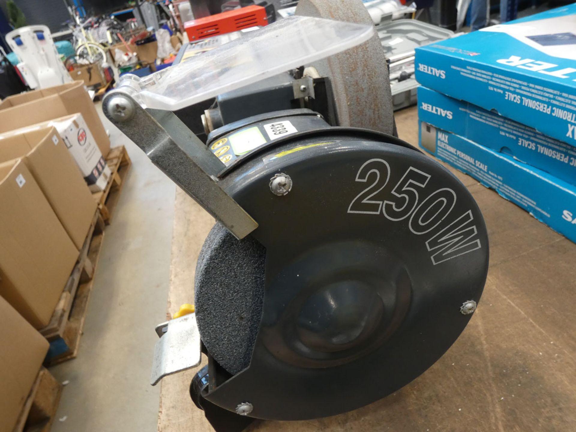 Newtool bench grinder and wet grinder - Image 3 of 4
