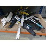 Large underbay of cleaning cloths, wiper blades, car mats, wash brushes, etc