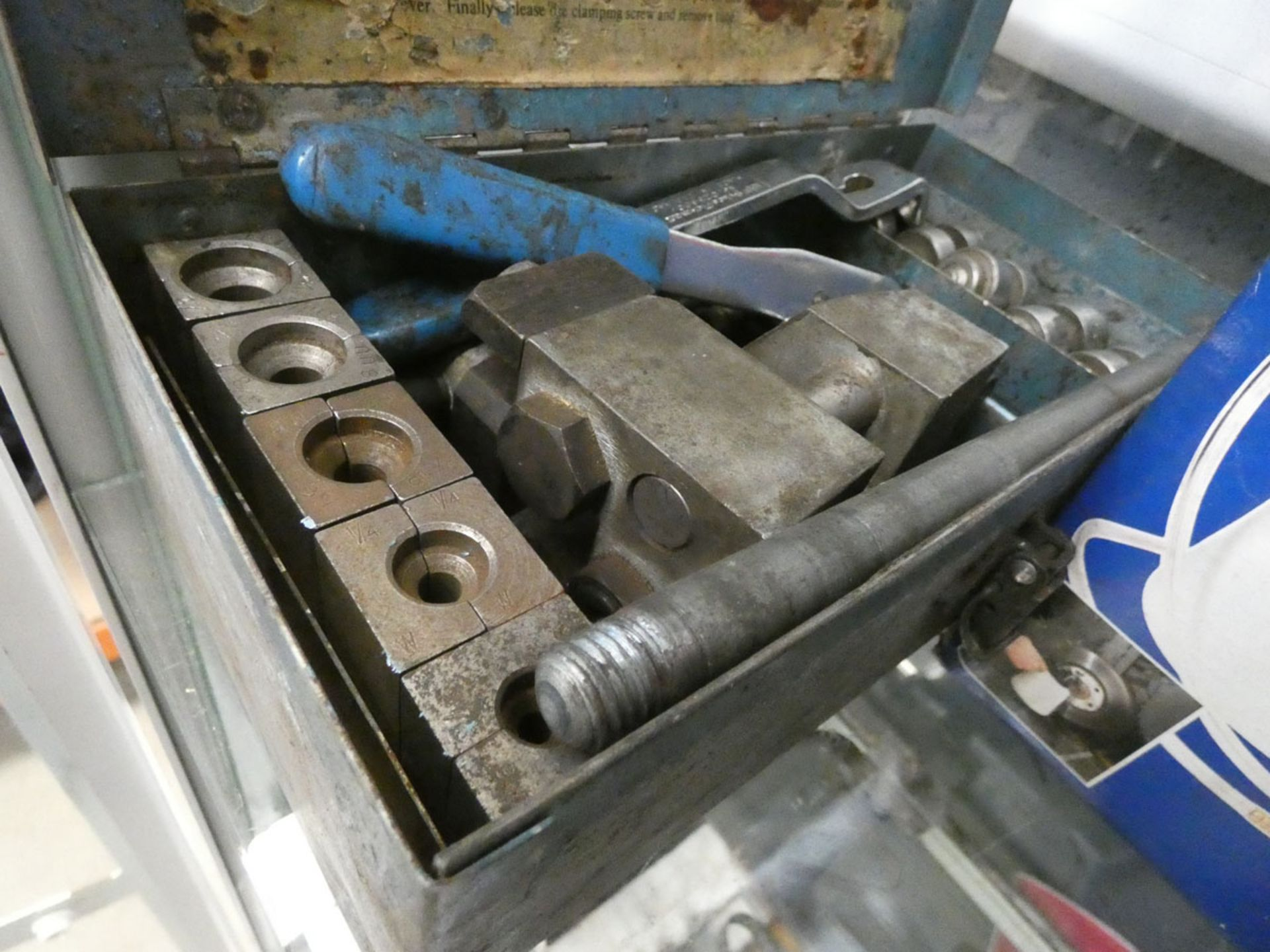 Sealey vacuum brake bleeder, Sykes-Pickavant brake flaring tool kit and a Sykes-Pickavant vacuum - Image 3 of 3