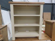 Salisbury ivory painted oak small bookcase (81)