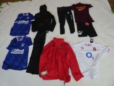 Selection of sportswear to include Gym King, Nike, Reebok, etc