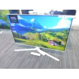 Samsung 43'' 4K TV Model: UE43TU8510U, includes remote (R5 & R6) and box (B34) Screen has no visible