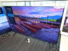 Samsung 75'' 4K TV Model: UE75TU8000K, includes remote (R27 & R28) and box (B15) Screen has no