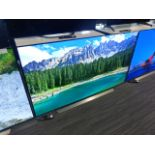 LG 65'' 4K OLED TV Model: OLED65CX5LB, includes remote (R15) and box (B40) Screen has no visible
