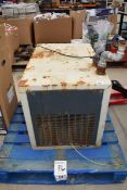 4213 - Hydrovane compressed air dryer unit