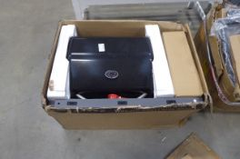 Boxed 3 burner flatpack gas BBQ Used. Unable to say if complete.