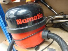 Numatic vacuum cleaner with pole