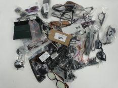 Bag containing quantity of mostly sunglasses