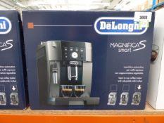 3030 Delonghi Magnifica S smart coffee machine with box