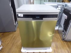 SN258I06TGB Siemens Free-standing dishwasher 60 cm SilverInx Large dent to front. All accessories