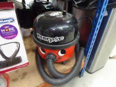 Henry micro vacuum cleaner, no pole