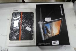 Yoga tablet 10 with box and folio cover