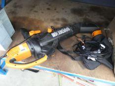 4077 Worx leaf blower