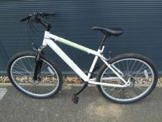 Childs mountian bike in white