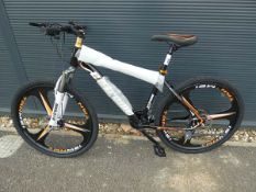Black Extreme gents mountian bike