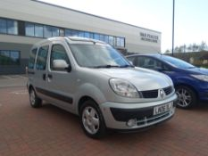 (2006) Renault Kango Expression automatic MPV, petrol, 1598cc, grey, MOT: 8/8/2021, two keys, V5