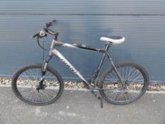Grey Giant gents bike