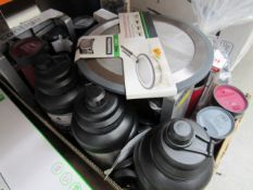 3176 - Box containing various drinking bottles, flasks, jugs etc